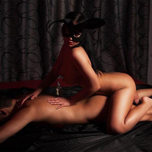 Медовая страсть программа эротического массажа от салона Мед Метро 1905 года