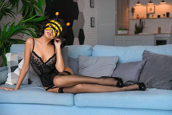 Дина массажистка салона эротического массажа Мёд, Москва, Краснопресненская